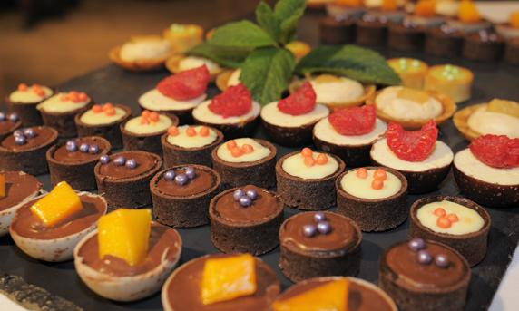 Plateau sur mesure aux chocolats multiples